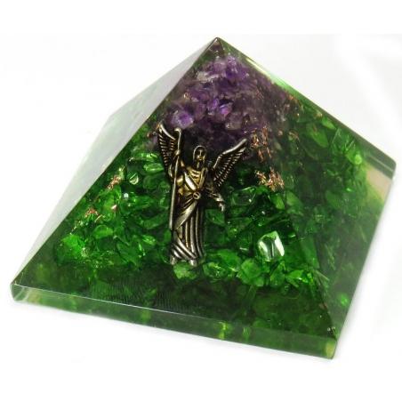Orgoniet Piramide - Peridoot en Amethist met engel (80mm)